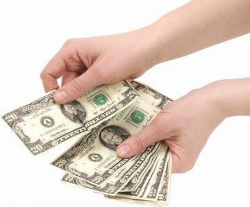 Експерти очікують  різке зростання неплатежів за валютними кредитами