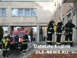 У Хмельницькому рятувальники МНС тренувалися гасити пожежу в лікарні [ФОТО]