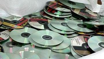 Тисячами  тиражували  контрафактні  диски
