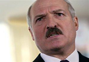Лукашенко загрожує повернути до в'язниці помилуваних дисидентів