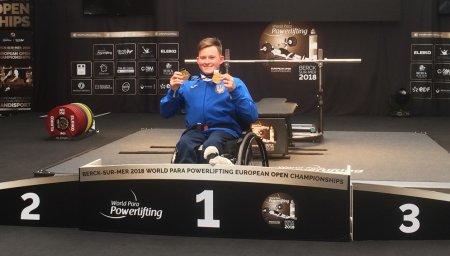 Рівненські спортсмени вибороли два «золота» на чемпіонаті Європи з пауерліфтингу
