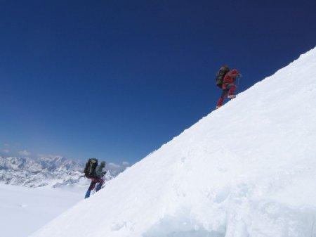 На горі Мала Говерла  рятувальники знайшли тіла двох туристів