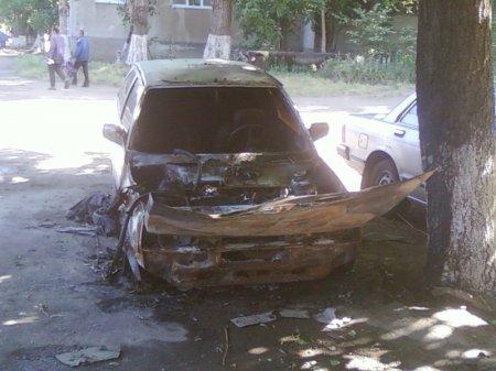 У Одесі здійснено підпал автомобіля голови Одеської «Свободи» Павла Кирилен ...