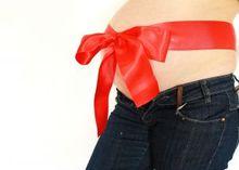 Почему необходимо использовать тест на беременность, если появились симптом ...