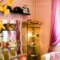 Счетчики посетителей для анализа посещаемости магазина одежды и работы его продавцов