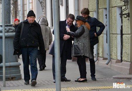 Алла Пугачева предпочла семейному празднику шопинг в ЦУМе