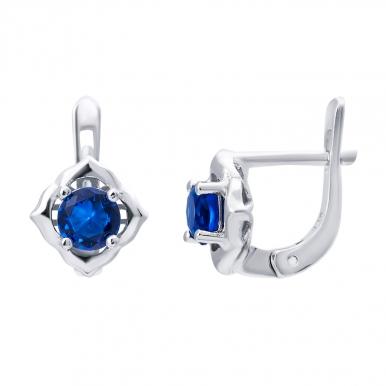 Серебряные сережки и пусеты –  украшения, любви к которым все возрасты покорны