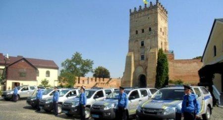 ЄС подарував Луцьку 38 поліцейських автівок