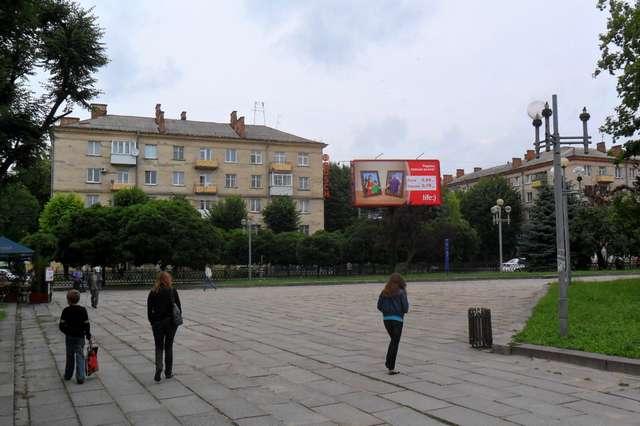 Билборд в Ровно на проспекте Мира