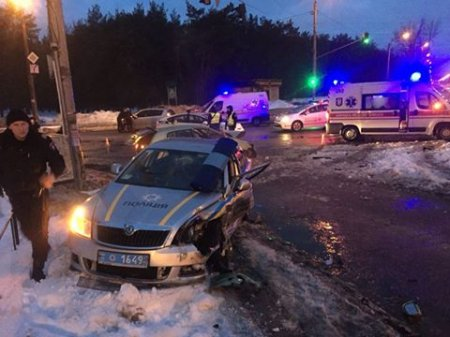 У Києві й Рівному постраждали 5 поліцейських: порушники йшли на таран