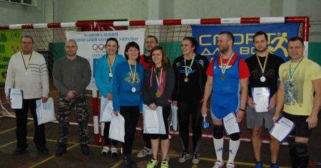 На Рівненщині відбулися змагання з важкої атлетики