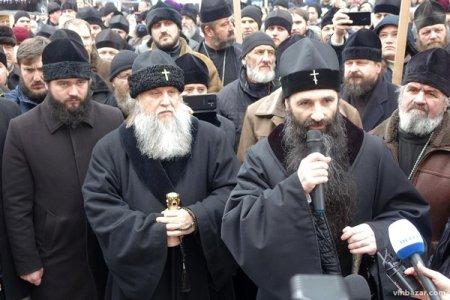Як Московська церква рятує себе в Україні. Десять прийомів