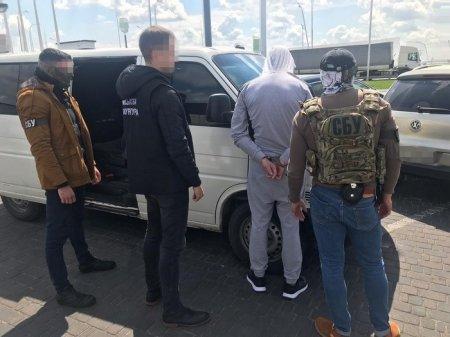 СБУ викрила на хабарі керівника митного поста Житомирської митниці
